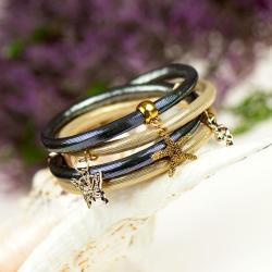 bransoletka,rzemień,glamour,połysk,z zawieszkami - Bransoletki - Biżuteria