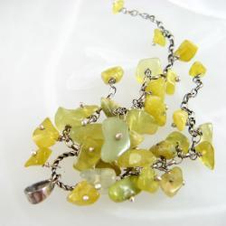 oliwkowy,długi - Wisiory - Biżuteria