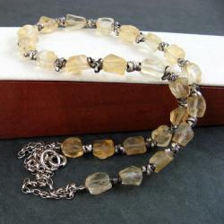 klasyczny,delikatny - Naszyjniki - Biżuteria