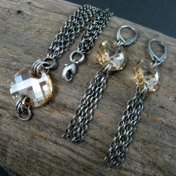 lśniący,złoty - Komplety - Biżuteria